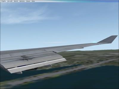 Landing over I-295.