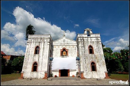 【屏東】艷陽下的純白教堂 屏東萬金聖母聖殿