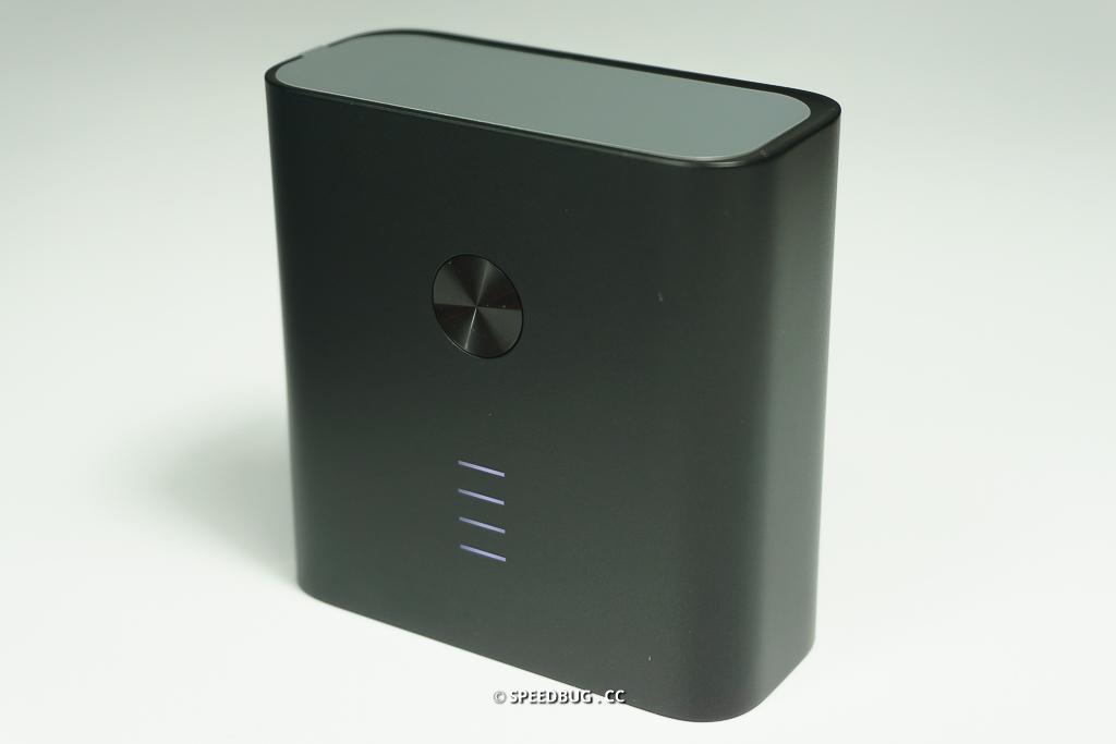 【開箱】ZMI智慧雙模可充式鋰行動電源.內建插頭的二合一小米行動電源