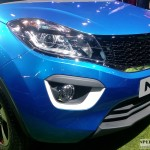 Tata Nexon projector headlamps with DRL
