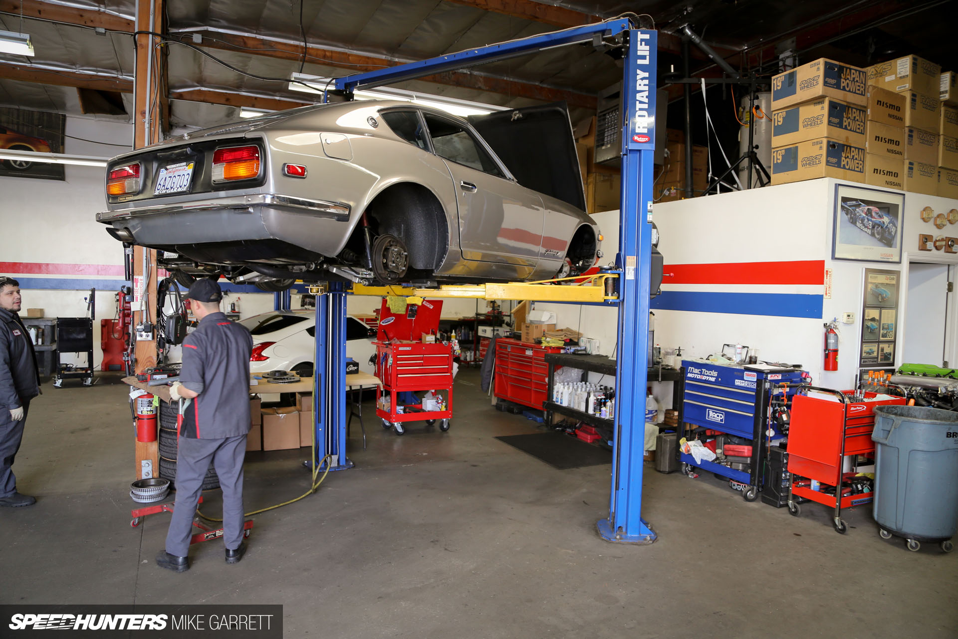 Z Car Garage: Where Datsun Geeks Rule