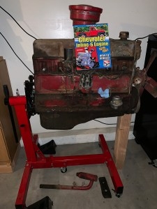 Inline 6 Chevy Engine
