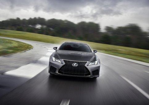 2020_Lexus_RC_F_Track_Edition_17_98AA97DB933FC5F8DA50372385AB5E103DFC8FCD