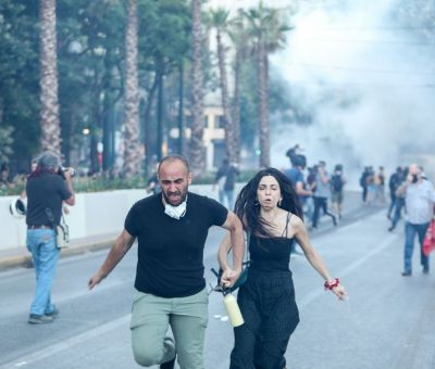 Άγρια καταστολή από την κυβέρνηση στη συγκέντρωση κατά του νομοσχεδίου για τις διαδηλώσεις