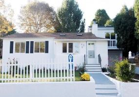 9 York st., Johnston, Rhode Island 02919, 2 Bedrooms Bedrooms, ,2 BathroomsBathrooms,House,Sold,9 York st.,A3970499
