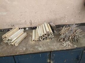 priečky a rozrezané lanko
