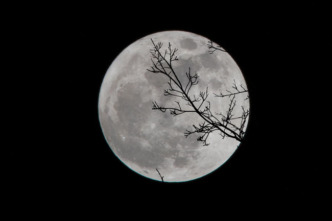 The right lunar phase will enhance your spell