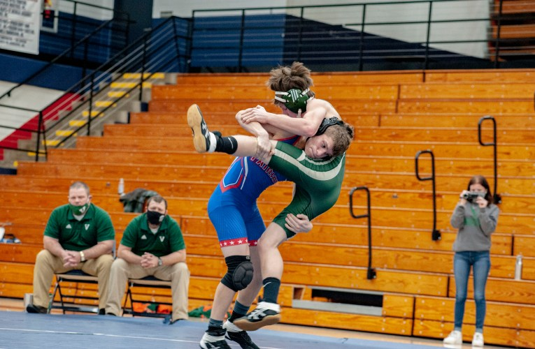 Heritage Hills vs Vincennes Lincoln Wrestling photo Gallery
