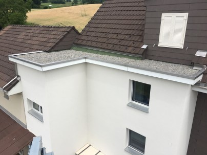 StS-Spenglertech-Neubau-Hohenrain-Ermensee-Hochdorf-Hitzkirch-Schongau-Aesch-Holzbau-Spengler-Flachdach-Abdichtung-Sanierung-Flüssigkunststoff-Allerlei (12)