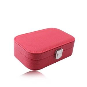 Červená cestovná šperkovnica - koženka