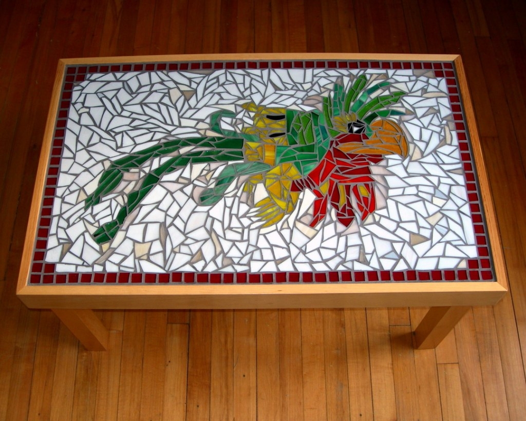 quetzal table