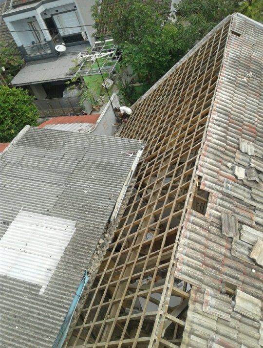 harga ganti atap baja ringan biaya bongkar pasang tukang renovasi