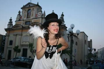 artisti-di-strada-trampoli-matrimonio-puglia-sud-italia (3)