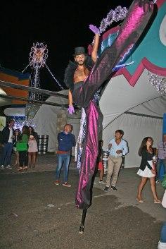 gap-circus-artisti-circensi-birraesound-2014-leverano-trampolieri-facepainting-giocolieri (9)