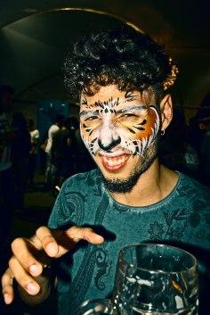 gap-circus-gambalunga-project-birraesound-leverano-2014-facepainting-bodyart-stiltwalker-trampolieri-festa-manifestazione-sputafuoco (89)