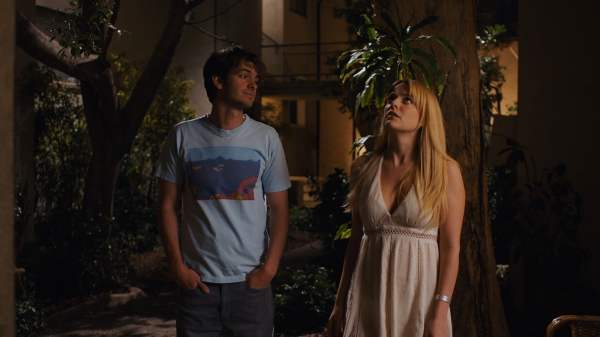 Andrew Garfield & Riley Keough in Under the Silver Lake
