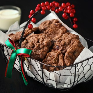Chocolate and Cherries Cookies