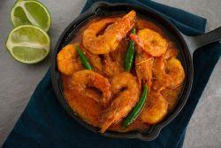 Prawn Coconut Curry (Prawn Malaikari/Chingrir Malaikari)