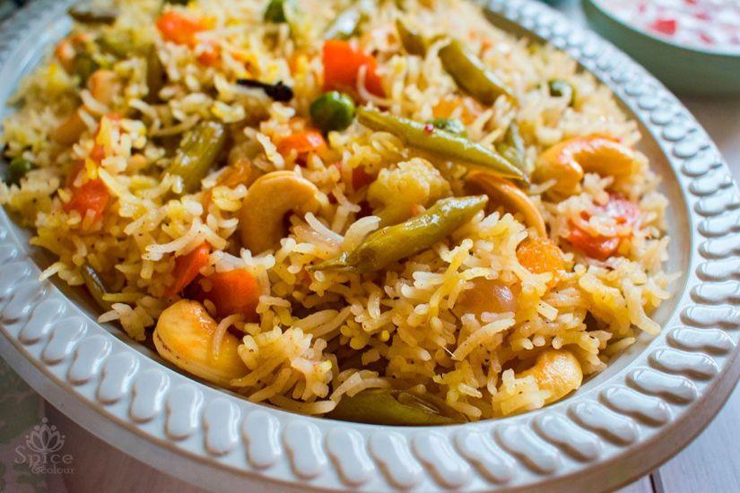 Arroz pilaf con verduras (Veg pulao)