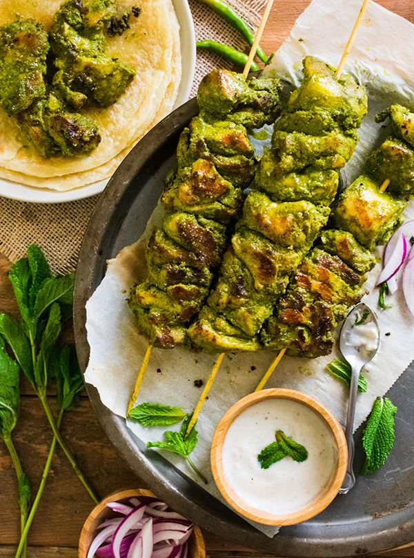 Brochetas de Pollo Hariyali (Green Chicken Tikka)