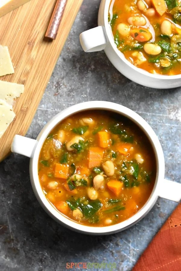 Easy recipe for Instant Pot Minestrone Soup