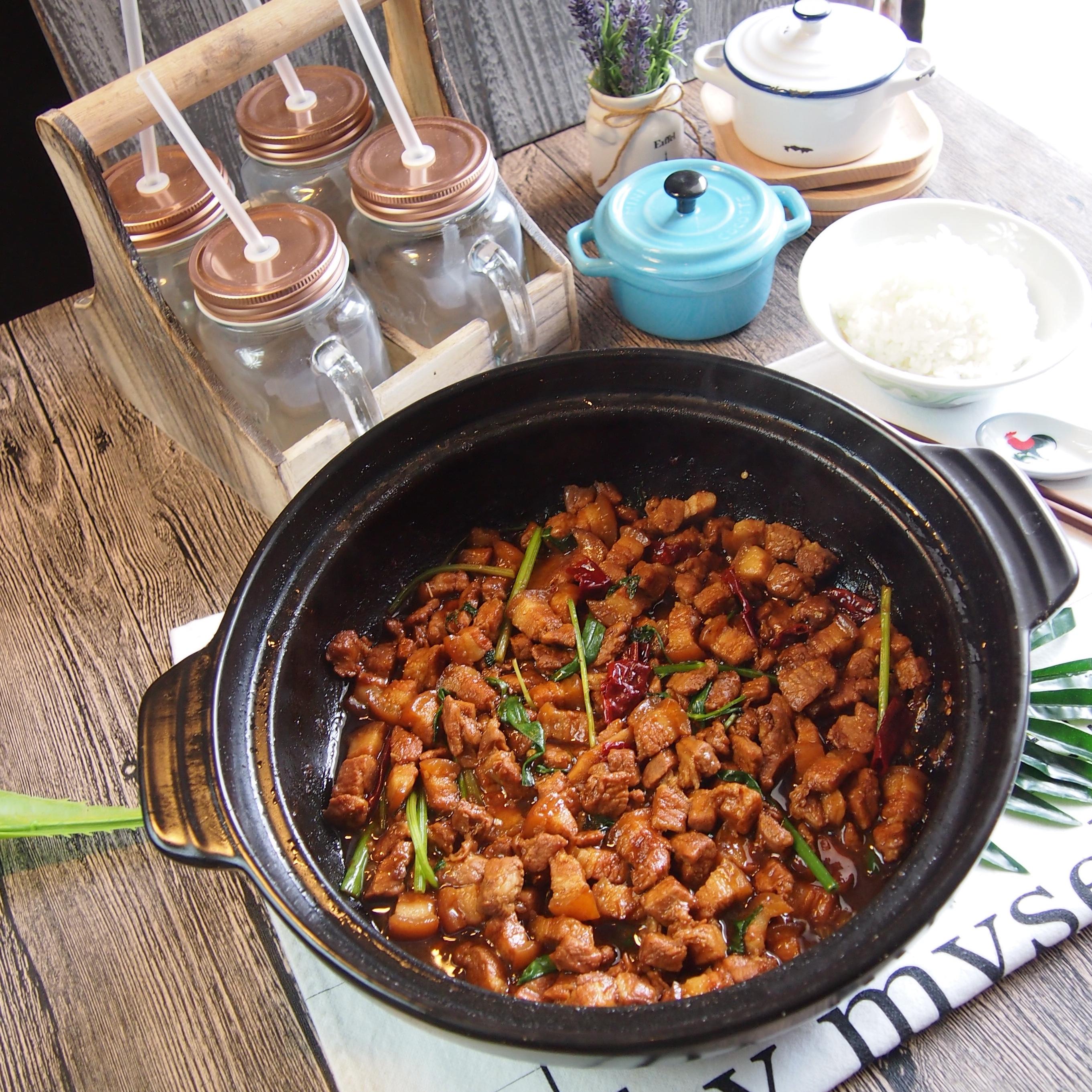 Super Good Chinese Recipe: Claypot Salted Fish w/ Pork Belly 咸鱼花腩煲