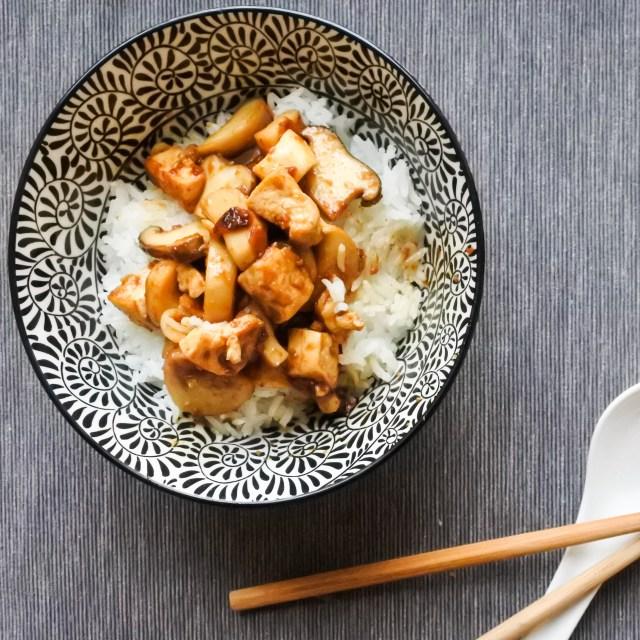 Tofu and Mushrooms in Soybean Sauce 8