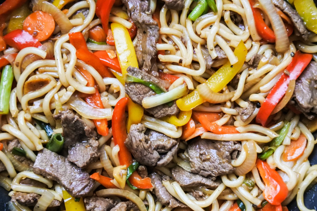 Wok Fried Beef Noodles 8