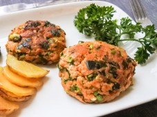Cook until golden brown on both sides (should be 5-7 minutes on each side).  Try not to flip the salmon patties more than once as they can easily fall apart. When golden brown on both sides, remove from heat and serve with your favorite sauce.