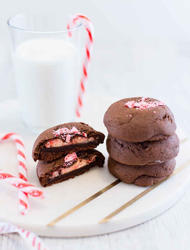 Christmas Candy Cane Gingerbread Cheesecake Stuffed Cookies