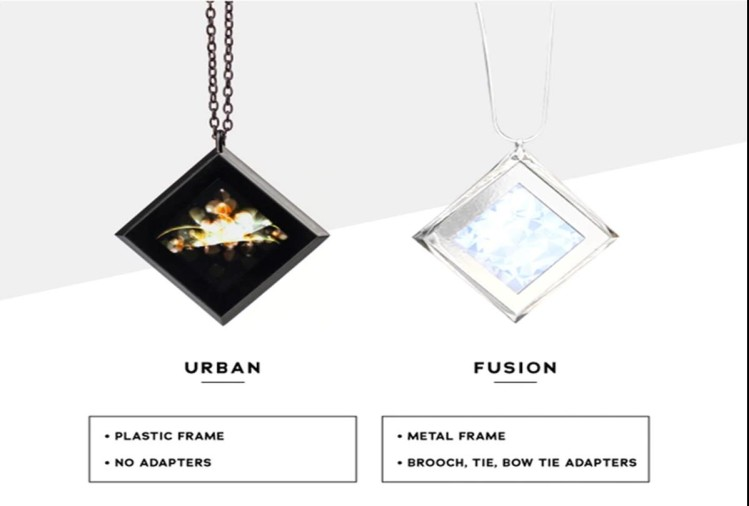 This Special Digital Necklace Will Solve Your So Many