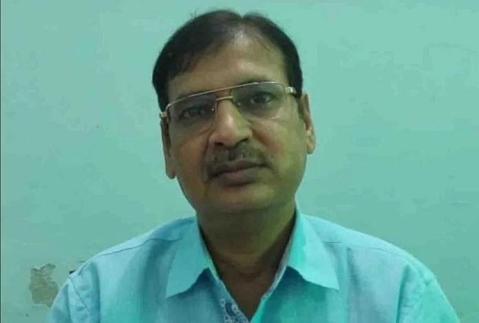 खंड शिक्षा अधिकारी सुरेश चंद्र वर्मा (फाइल फोटो)