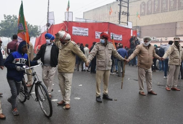 लुधियाना में पुलिस ने कड़े सुरक्षा प्रबंध किए थे।