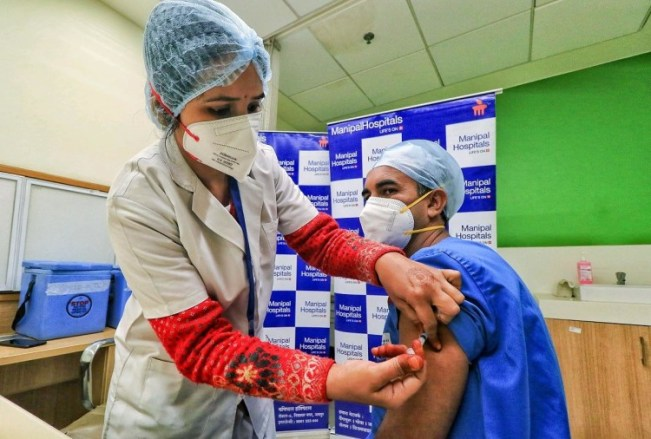 Corona Vaccination Today, India Becomes Number One In World After Highest Vaccintion In One Day On 16th January - कोरोना टीकाकरण: भारत पूरी दुनिया में सबसे आगे, दो दिन में सवा दो