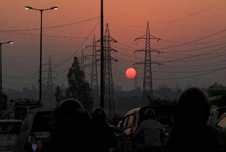 दिल्ली में सर्दी का सितम, शिमला से भी ठंडी रही राजधानी, आज से राहत की उम्मीद