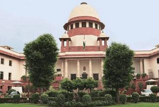 Oxygen Crisis Hearing: ऑक्सीजन की किल्लत से दिल्ली का घुट रहा दम, थोड़ी देर में सुप्रीम कोर्ट में होगी सुनवाई