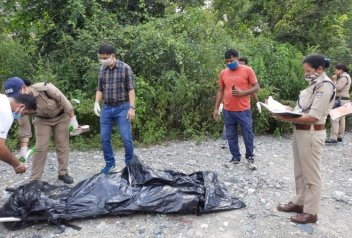 uttarakhand news: 16 year old girl nude body found, was missing since September 29