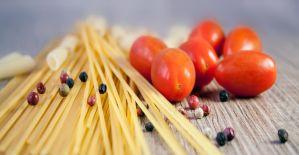 Spaghetti con Cozze, Zafferano e Granella di Pistacchio