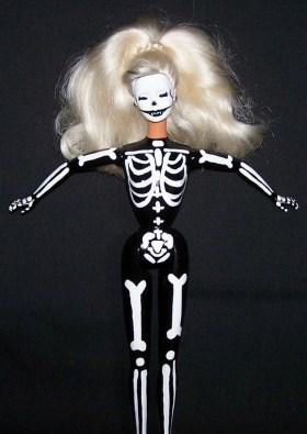 goth barbie (3)