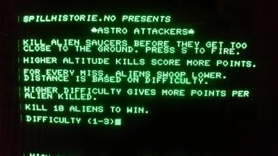 Tittelskjermen. Legg merke til UFO-ene jeg POKEt inn sammen med spillnavnet. Det er detaljer som dette som sikrer at spillet går fra karakteren 8 til karakteren 9 når det blir anmeldt av alle de store sidene.