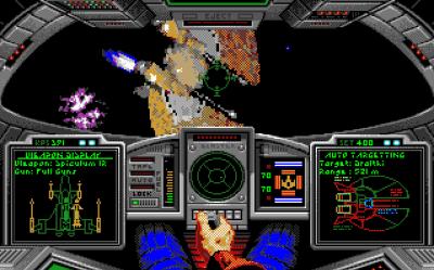 Jeg spilte Wing Commander på Amiga. Færre farger, men fortsatt sabla gøy (i alle fall på en Amiga 1200 der det ikke hakket så mye som på «femhundren».