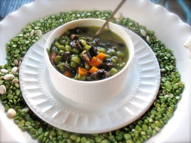 Split Pea Soup with Portabella Mushrooms