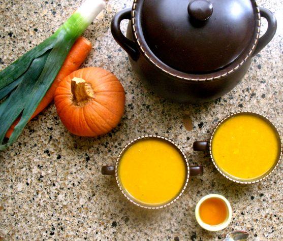 Pumpkin Carrot Curry Soup
