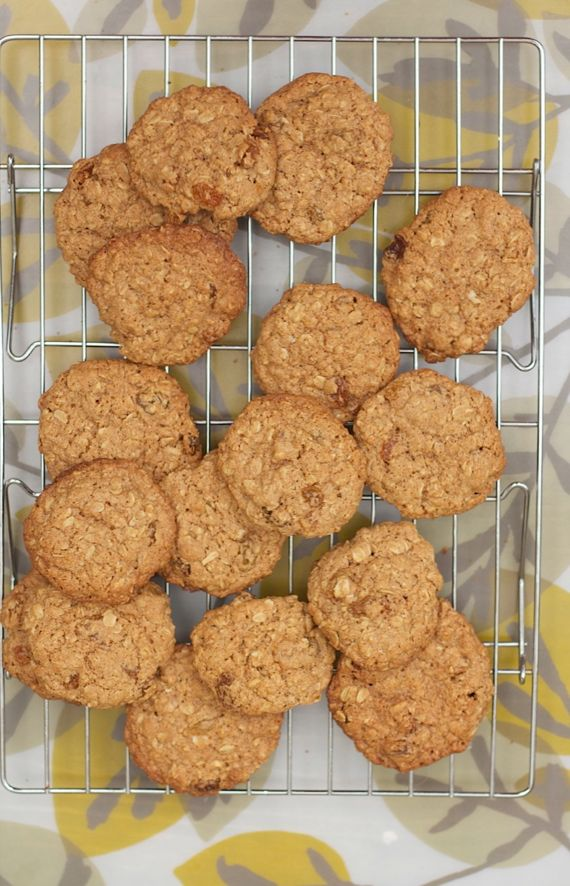 Oatmeal Spelt Cookies with golden raisins, by Angela Roberts