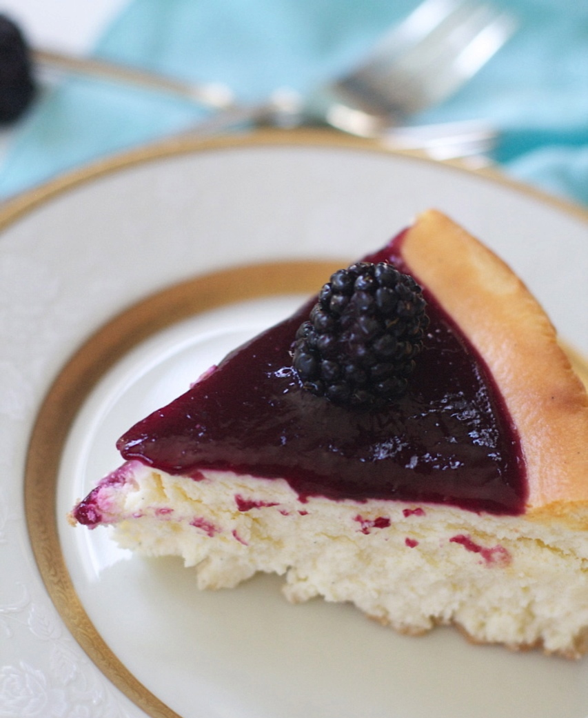 How to Make Blackberry Sauce