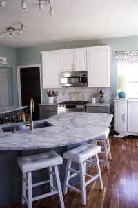My Carrara Marble Kitchen and Tips for Choosing Marble ...