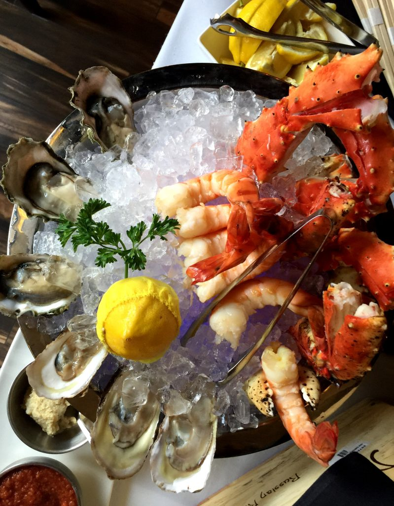 Raw Seafood Bar at Jeff Ruby's Steakhouse Nashville from Spinach TIger