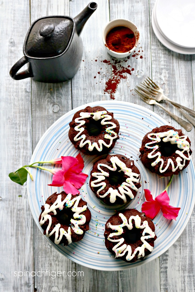 Grain Free Keto Chocolate Bundt Cakes from Spinach Tiger