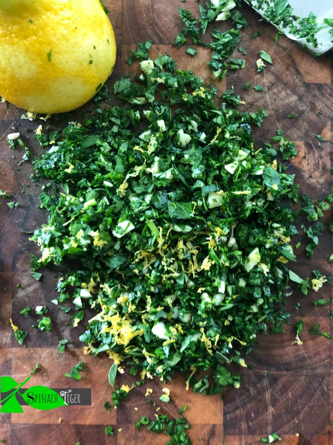 Chopped Parsley for Chimichurri from Spinach Tiger