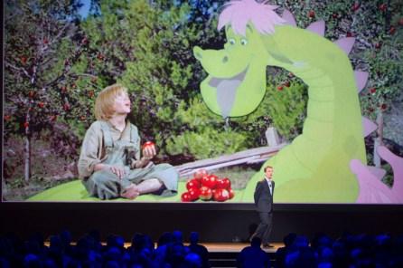 """D23 Expo 2015: Neue Infos zu Disneys Realverfilmung von """"Elliot das Schmunzelmonster"""""""